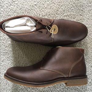 Men's chukka boots
